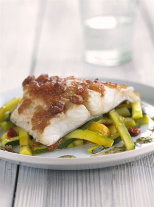 /recipes/main-meals/halibut-topped-with-sweet-tomato-chilli-chutney/